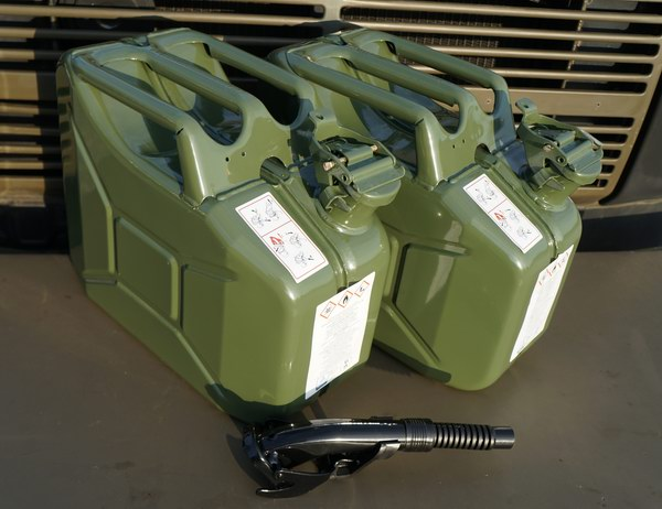 Army Utility Jerry Can 10L  x2 with Spout