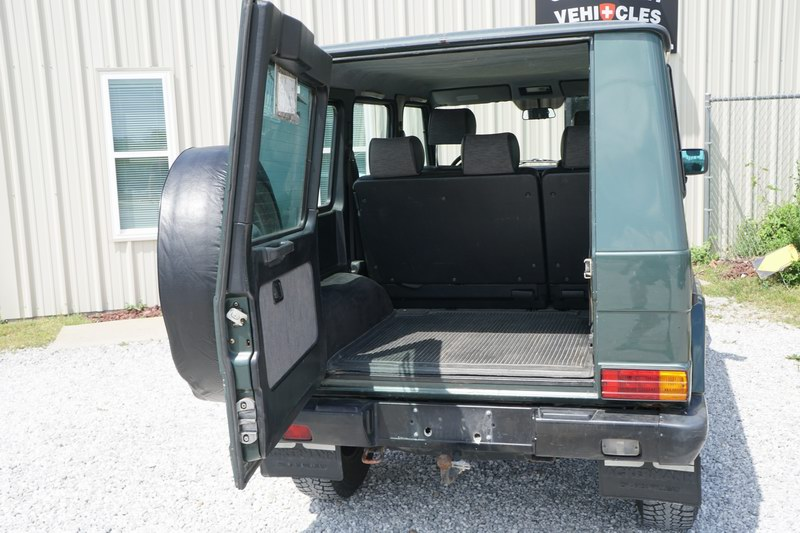 This is a 463 Model G Wagon 4 Door 3.0L Gasoline 6 ..