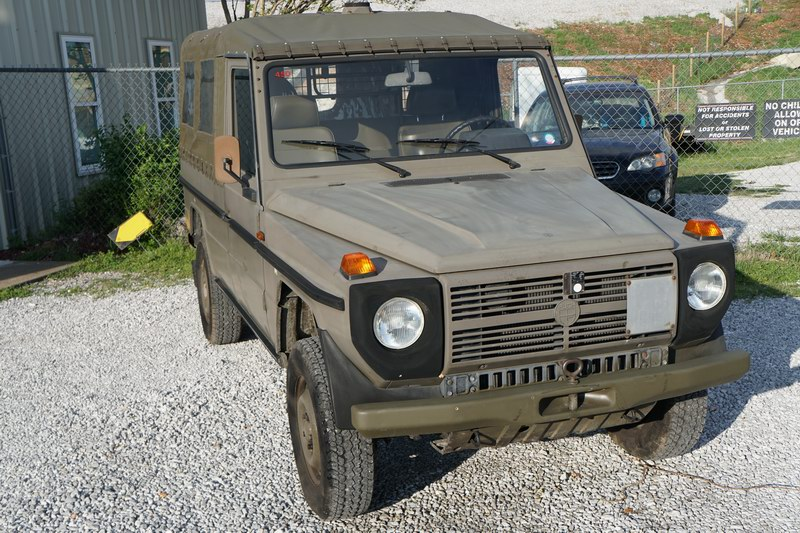 Original Swiss Army G Wagen.  Interior, Seats, Top ..