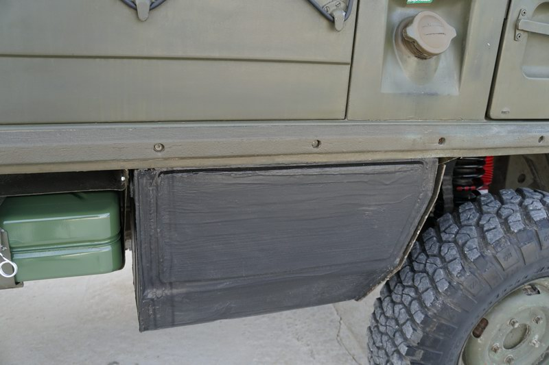 Swiss Army Troop Carrier with 4 rear seats. Good o ..
