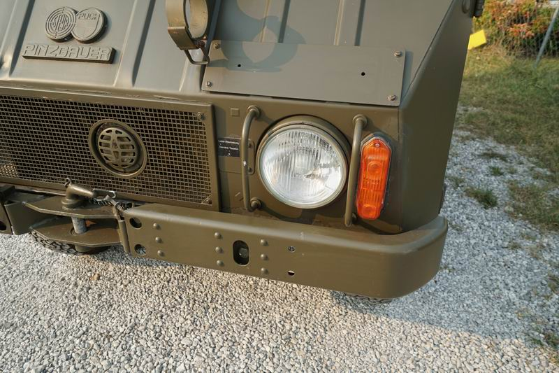 Great Condition all original Swiss Army Radio Truc ..